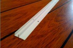 quick step parquet flottant accessoire qstrackpv240 quick step rail parquet profiles pvc 2400. Black Bedroom Furniture Sets. Home Design Ideas