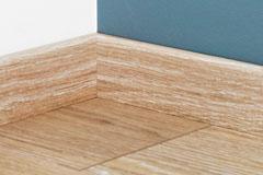 quick step lames pvc livyn accessoire qsvskr quick step plinthe etanche livyn. Black Bedroom Furniture Sets. Home Design Ideas