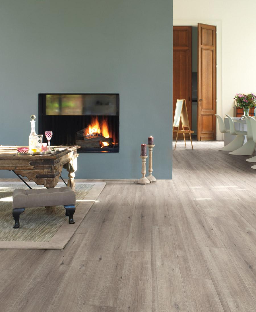 quick step parquet flottant impressive ch ne rabot gris. Black Bedroom Furniture Sets. Home Design Ideas