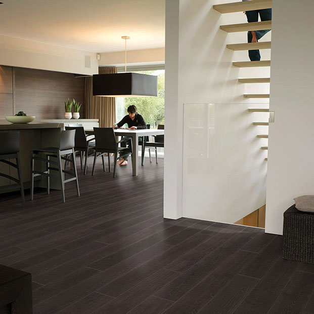 Quick step parquet flottant perspective ch ne passionata - Como reparar piso de parquet rayado ...