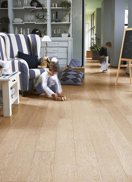 quick step parquet flottant perspective ch ne ceruse blanc et huile blanc planches uf1896. Black Bedroom Furniture Sets. Home Design Ideas