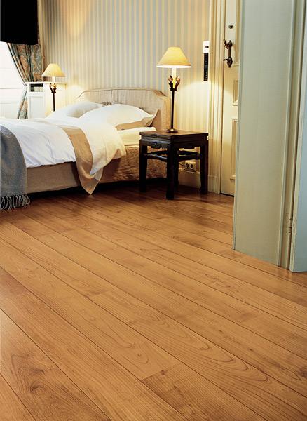 quick step parquet flottant autre2 cerisier verni naturel planches ul864. Black Bedroom Furniture Sets. Home Design Ideas